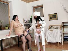 BBW granny Gracie is painted and pussy fucked by kinky slut Babeta