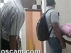Spy cam group suck in toilet colombia