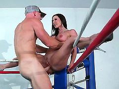 Baldheaded man Johnny Sins has unforgettable fun with exciting chick Kendra Lust. They are pounding on boxing ring. Watch him licking and pounding girls wet vagina.