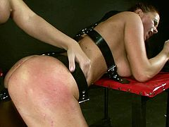 21 Sextury xxx clip provides you with a really hot lesbian sex. Dominant booty bitch wears strapon and fucks the wet pussy of immobilized and vulnarable busty chick.