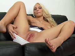 Exhilarating Blonde Gets Naked & Fingers Herself