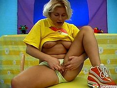 Seventeen Video porn site provides you with hundreds of teen sex movies. Click here and enjoy one another appetizing blonde teen masturbating her pussy.