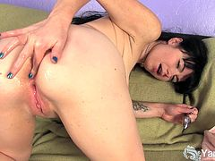 Tattooed brunette amateur nymph Siouxsie toying her petite shaved muff and then fingering her virgin butthole for a deep orgasm!
