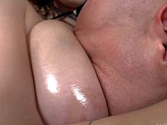 Noelle Easton is a big breasted brunette that loves playing with strap-on dildo. Hot woman wet wet huge tits fucks guys mouth and then gets her pink meaty pussy licked. Watch then have fun.