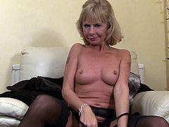 Check out this solo scene where the kinky mature blonde Cathy Oakley takes off her clothes and shows you her sexy body.