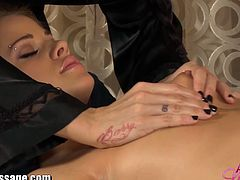 Come and see a wild brunette lesbian masseuse oiling a blonde's body before the party gets started. Then she's ready to munch and dildo her pussy into a breathtaking orgasm in this hot hd video.