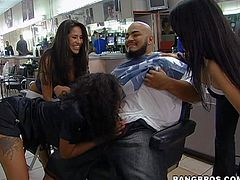 Jenaveve Jolie, Olivia OLovely, Lacey Duvalle are three perfect bodied curvy pornstars that invade the barbershop, bare their assets and take cock. Watch ebony lady and two sexy make guy happy.