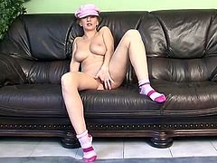 Blondie with milk white skin mastrubates on camera buck naked and sliding her fingers deep inside her gaped pussy.