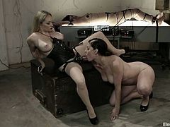 Naughty brunette girl sucks the strap-on and then gets her ass drilled deep by hot Aiden Starr in close-up scenes.