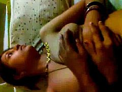 Northindian Aunty's Nude Body filmed & exposed by her Client