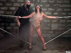 This juicy brunette Gianna Lynn is under the slavery of Sgt. Major. He is an asshole that loves torturing such beauties like Gianna Lynn!