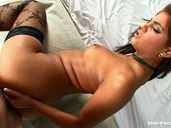 Well, all you do is just lay there and enjoy what this amazing angel Defrancesca Gallardo does. Her Italian pussy is in search of sexual adventures!