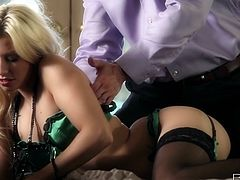 Blonde sexpot Jessie Volt gets her tits licked by her lover