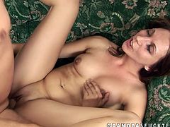 Slim nympho loves a good, hard fuck! Horny dude tells her to get on all fours so he can pound twat doggy style. Then he drills her pussy in missionary position.