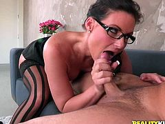 Impressive secretary knows her stuff in pleasing the boss during sexy hardcore