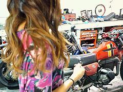 Big engines and big cocks, that's what Serena loves! She undresses in my motorcycle workshop. As she takes off her sexy short jeans I get instantly horny at the sight of her round, perfect booty. My cock gets rock solid but that was exactly what she wanted to happen. Yeah, she's sucking me now!