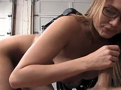 Gorgeous blonde hottie Alanah Rae will keep you glued to the screen as she gets kinky with a lucky mechanic. Babe gets naked, sows her amazing mouthwatering tits and strokes the guy's big dong.