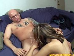 Voracious Caucasian chick Kelly Wells is stroking meat pole in her hands. She also sucks the rod actively giving unforgettable blowjob. A bit later she bounces her skinny ass on a hard dong.
