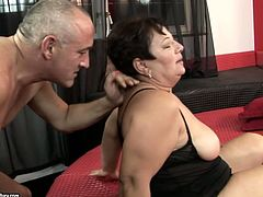 This fat woman likes having her pussy stuffed with cock. She takes her lover's dick doggy style and then she gets into sideways position to let her lover control the penetration.