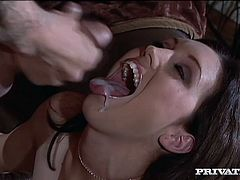 Dylan Ryder gets her pussy fucked remarcably well in a study