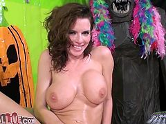Brunette MILF Veronica Avluv Taking Cock In Mouth And In Pussy