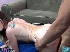 Hot brownie in socks lies on a sofa and gets her vagina licked. Then this babe rides a Sybian and a dick. This chick shows all her passion and sexual desire.