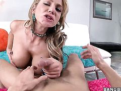 Extremely hot doll Nikki Sexx fucking like a first rate anal whore