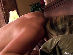 Alan Stafford whips out his love torpedo to fuck juicy Samantha Ryans throat