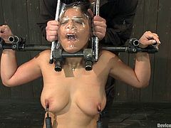 Geared twitches give Adrianna Luna an extreme pain