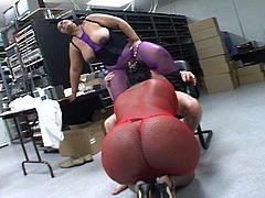 These obese ebony babes show off their big asses before they kneel and start sucking. They have a white cock to share and its sticky jizz. They kiss while swapping the cum.