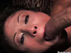 Jayna Oso enjoys another great cumshot session
