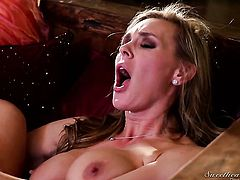 Tanya Tate knows how to take lesbian sex to the whole new level as she does it with Adrianna Luna