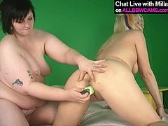 Voracious BBW lesbian is having passionate lesbian session featuring smoking hot blonde porn model. So the fat one pokes her sex partner with smooth dildo. Check this out.