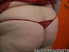Full bodied blonde hooker is wearing lacy red lingerie. She poses for cam demonstrating her voluptuous round form. Then she facesits horny dude getting her clam polished properly.