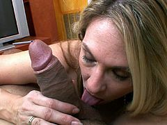 Needy mom loves to suck cock and fulfill her naughty oral desires