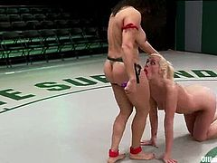 This is how chicks wrestle and it is going to get so fucking hard! Izamar Gutierrez is so strong and she is going to beat Tara Lynn Foxx in the first round.