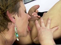 Although she is a lady at certain age she still loves to fuck! She gets into sideways position to let her lover drill her snatch hard. He pounds her ruthlessly in and out. Then she pleases him with a blowjob.