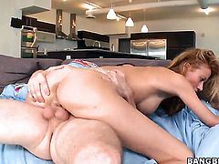 Latina Jandi Jenner loves giving throat job
