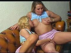 Amateur lesbians in the strapon riding scene