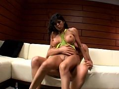 What a sizzling and charming lady Alexis Amore is! Babe gets naked and that huge cock makes her sweet voice come out of her mouth!