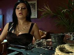 Stunning brunette mistress ties David Chase up. Then she whips and toys his ass with huge strap-on. Later on she also gets fucked by him.