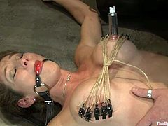 Lovely blonde chick get tied up and toyed deep in her smooth pussy. Later on she gets fucked hard and deep by the fucking machine.