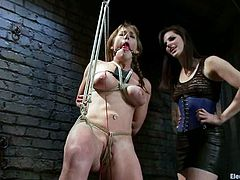 This lesbian bondage video has Bobbi Starr playing with Felony, a busty girl who'll go through some quite wicked stuff.