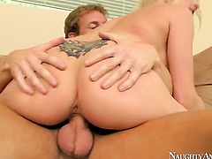 Ryan Mclane gets seduced into fucking by Christie Stevens