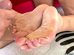 Who likes footjobs? If you said yes, then click play and fuckin' love this shit right here, 'cause it's got footjob in it. Obviously.
