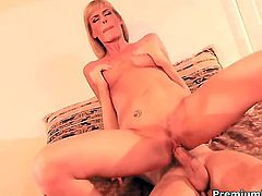 Darryl Hanah gets turned on then rammed by hard love stick