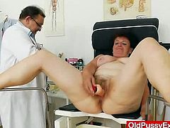 Huge tits mother got huge natural titties and went for regular cunny exploration which will be done by a dirty Gynecologist in his deviated gyno clinic