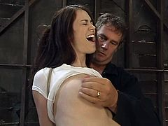 This sizzling and amazing girl is in deep shit! She gets trapped and arched on the barrel. Then he puts a nylon on her head and makes her polish his dick!
