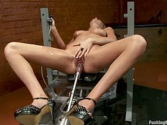 Dazzling Babe Brynn Taylor Getting Drilled by Sex Machine