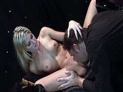 Pounding delicious blonde slut Courtney Simpson will let you in her kinky encounters. Today she split her legs as she rides that hard cock deep inside her wet pussy before the camera.